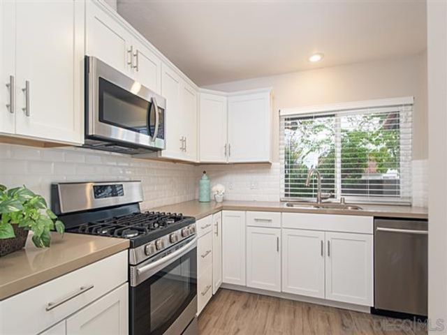 2 BR,  2.00 BTH   style home in San Diego