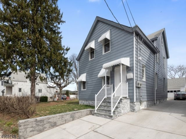 3 BR,  1.00 BTH House style home in Saddle Brook