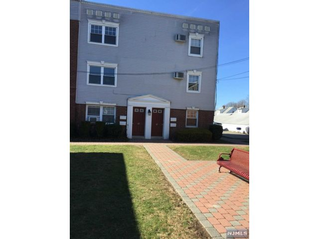 2 BR,  1.00 BTH Co-op style home in Rutherford