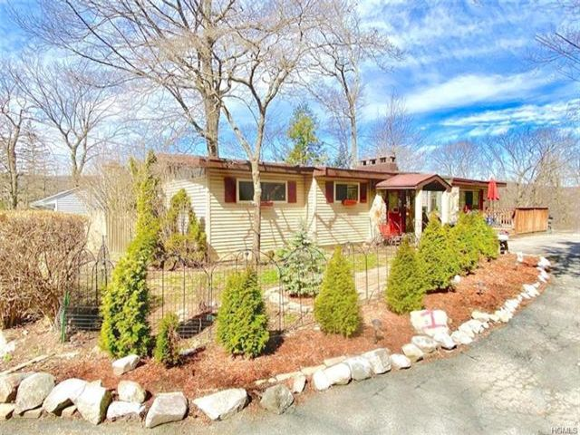 3 BR,  1.00 BTH Ranch style home in Greenwood Lake
