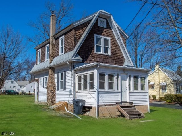 3 BR,  1.50 BTH Colonial style home in Cedar Knolls