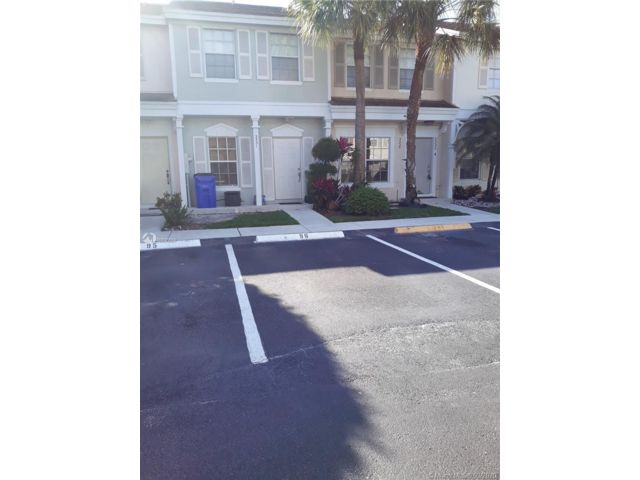 2 BR,  2.50 BTH Townhouse style home in Margate