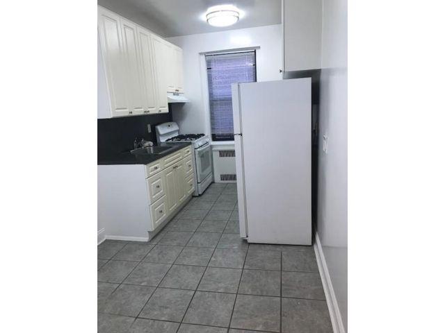 1 BR,  1.00 BTH  style home in Jamaica Estates