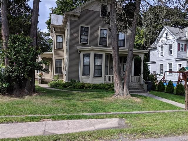 1 BR,  1.00 BTH Colonial style home in Garnerville