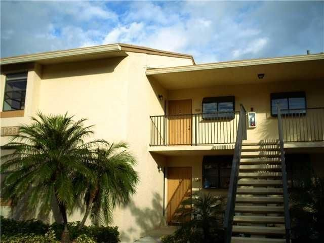 2 BR,  2.00 BTH Townhouse style home in Deerfield Beach