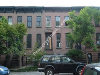 4 BR,  3.50 BTH  Brownstone style home in Boerum Hill