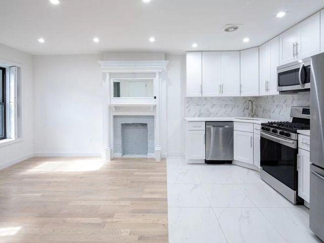 3 BR,  2.50 BTH Rental style home in Bedford Stuyvesant