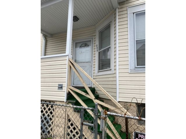 2 BR,  1.00 BTH House style home in Paterson