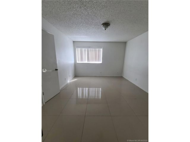 2 BR,  2.00 BTH Apartment style home in Margate