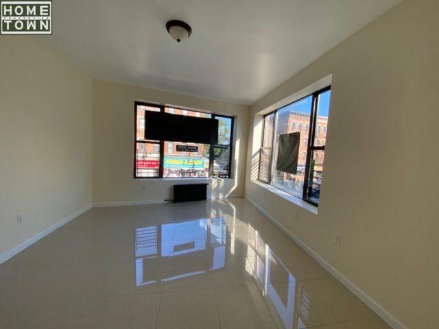 3 BR,  1.00 BTH Rental style home in Bay Ridge