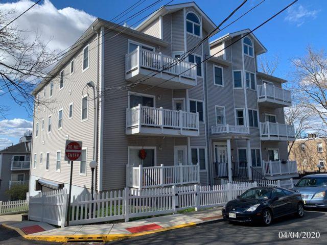 2 BR,  2.00 BTH Condo style home in North Bergen