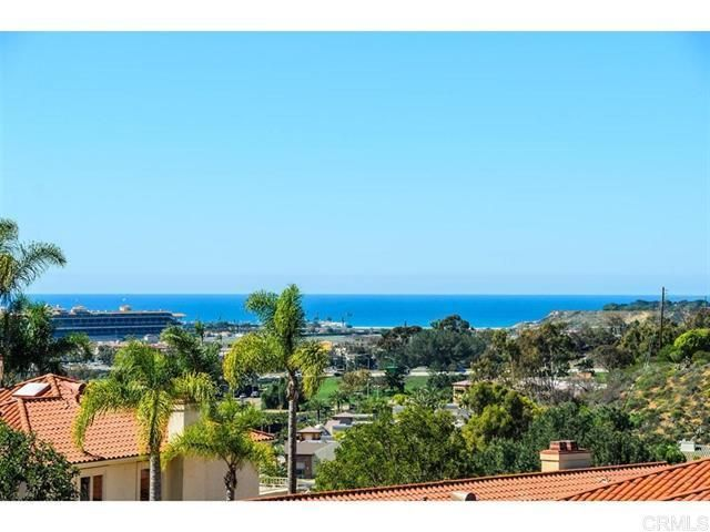 5 BR,  3.00 BTH   style home in Del Mar