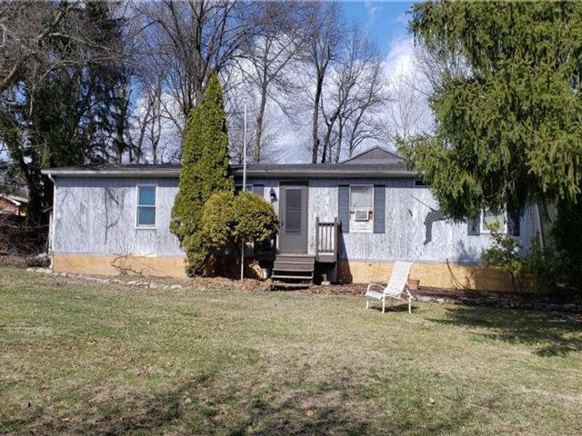 3 BR,  2.00 BTH  Mobile home wit style home in New Windsor
