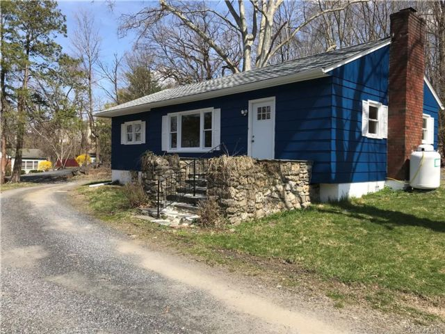 3 BR,  1.00 BTH  Ranch style home in Newburgh Town