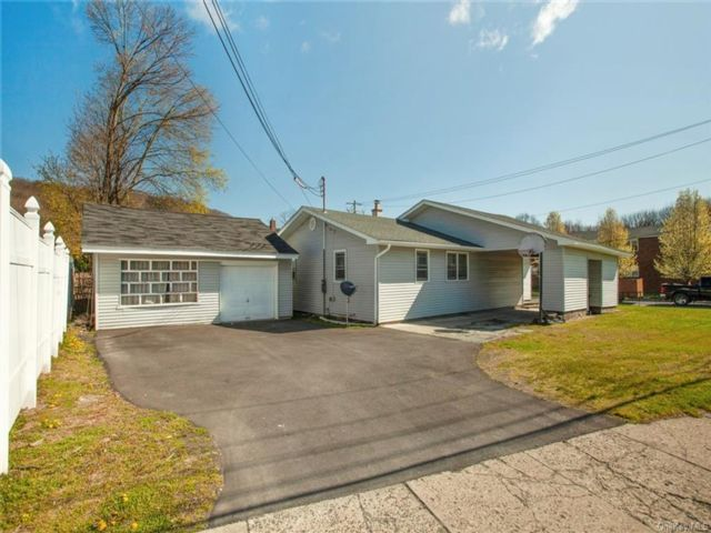 3 BR,  1.00 BTH  Ranch style home in Port Jervis