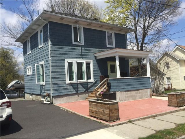 3 BR,  1.00 BTH House style home in Middletown