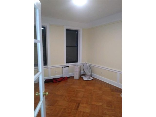 1 BR,  1.00 BTH Multi-family style home in East New York