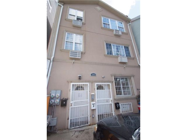 2 BR,  1.00 BTH Apartment style home in Claremont Park