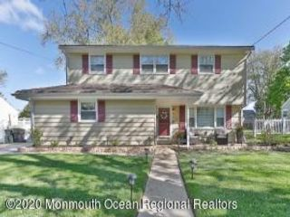 3 BR,  1.50 BTH  Split level style home in Hazlet