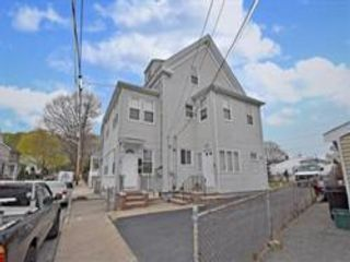 7 BR,  4.00 BTH  style home in Peabody