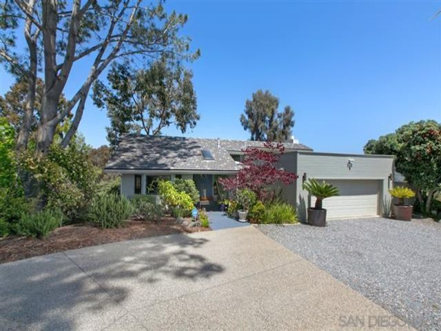 3 BR,  3.00 BTH   style home in Del Mar