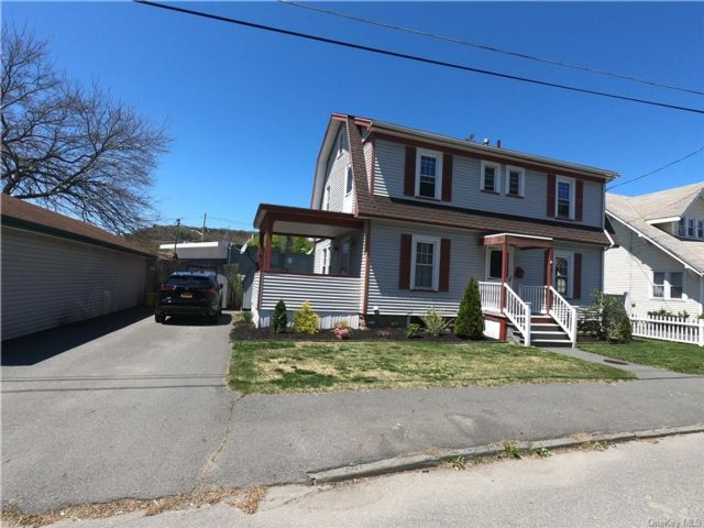 4 BR,  1.00 BTH  Cape style home in Port Jervis
