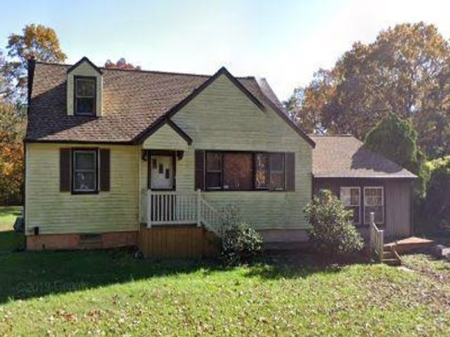 4 BR,  2.00 BTH Cape style home in Sicklerville