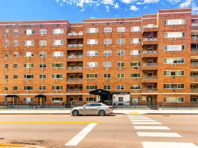 1 BR,  1.00 BTH Co-op style home in Elmsford