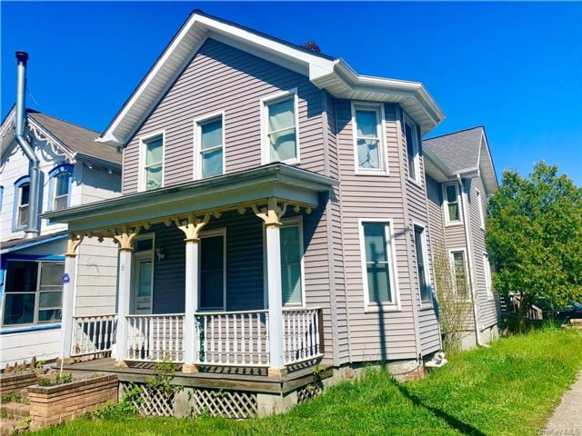 4 BR,  0.00 BTH Other style home in Poughkeepsie City