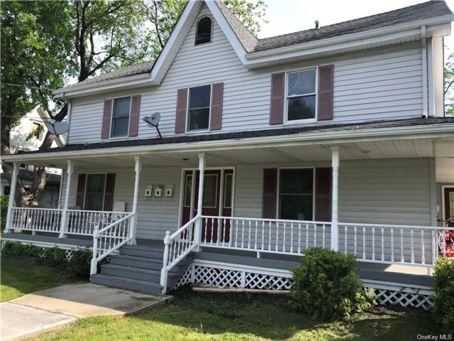 1 BR,  1.00 BTH  Apartment style home in Blooming Grove