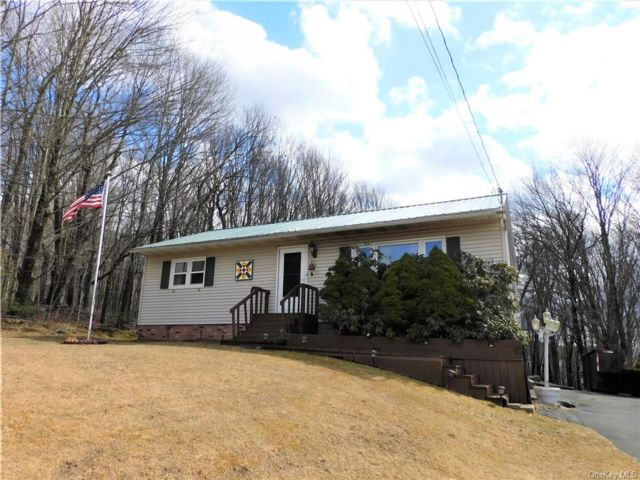 4 BR,  2.00 BTH Ranch style home in Fallsburg