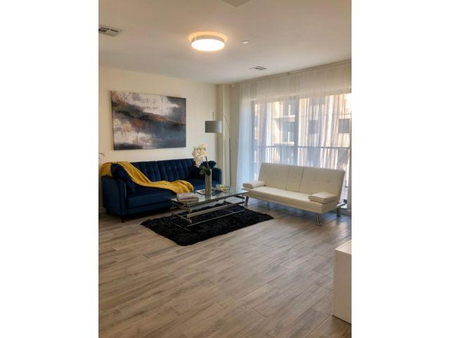 3 BR,  3.00 BTH Condo style home in Brighton Beach