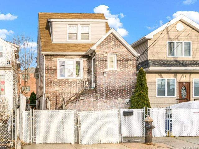 [Throggs Neck Real Estate, listing number 6955813]