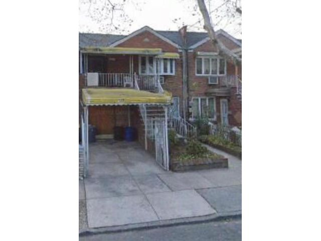5 BR,  3.50 BTH  Multi-family style home in East Flatbush