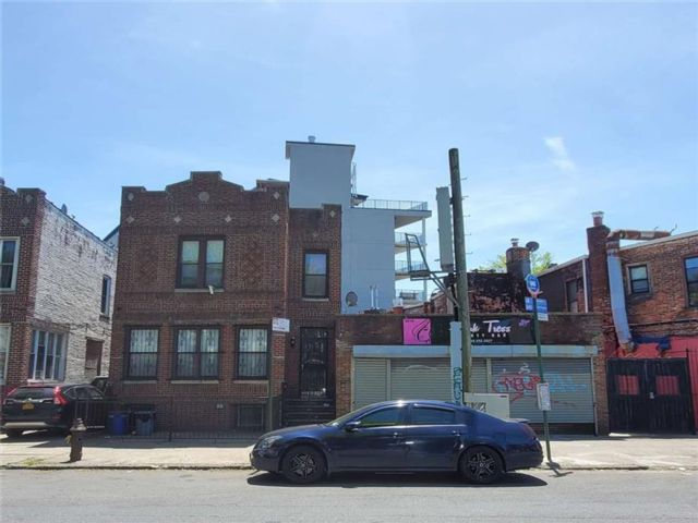 Studio,  0.00 BTH Mixed use style home in Ditmas Park