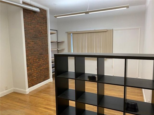Studio,  0.00 BTH Office style home in Dyker Heights