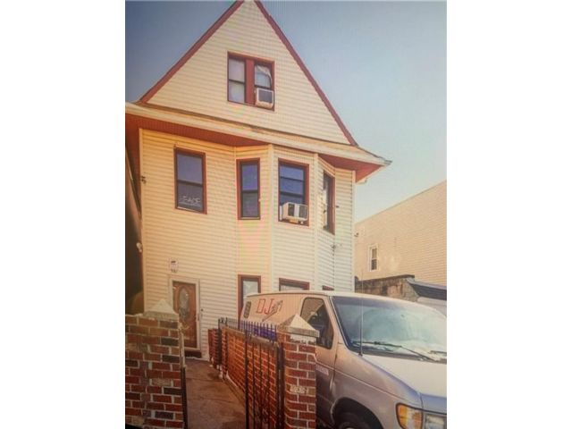 7 BR,  3.00 BTH  Multi-family style home in East Flatbush