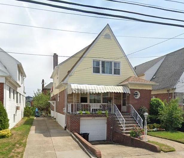 [Belle Harbor Real Estate, listing number 6956230]