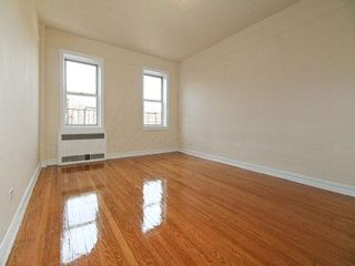 1 BR,  1.00 BTH Apartment style home in Kew Garden Hills
