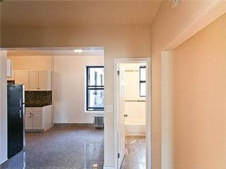 3 BR,  1.00 BTH Apartment style home in Kew Garden Hills