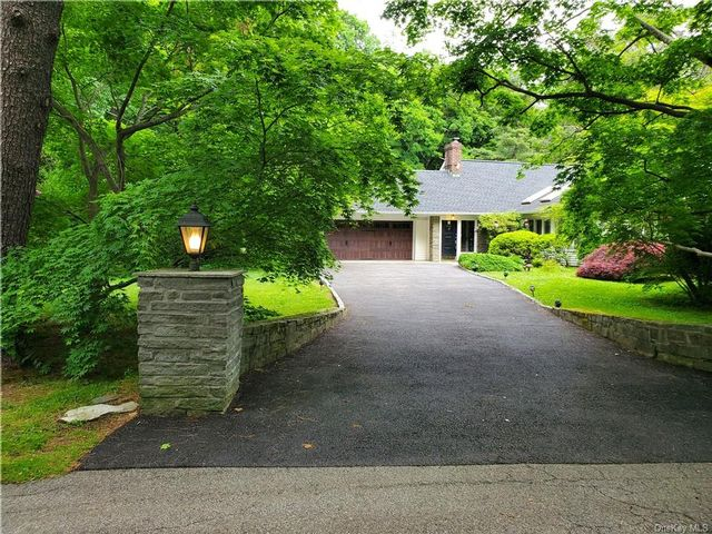5 BR,  3.00 BTH Cape style home in Ossining