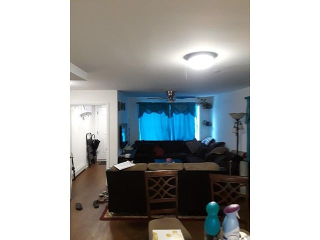 3 BR,  2.00 BTH  Single family style home in Brighton Beach