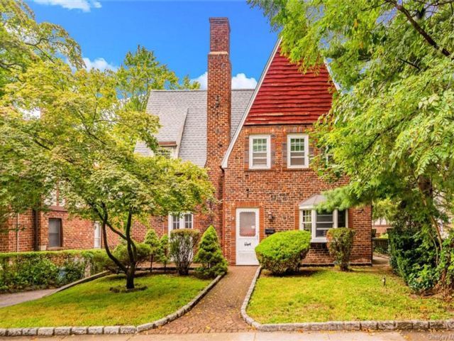 3 BR,  2.00 BTH Tudor style home in Yonkers