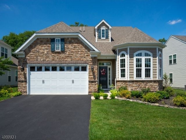 3 BR,  3.00 BTH Ranch style home in Tinton Falls
