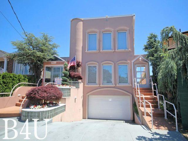 5 BR,  4.50 BTH Duplex style home in Brooklyn