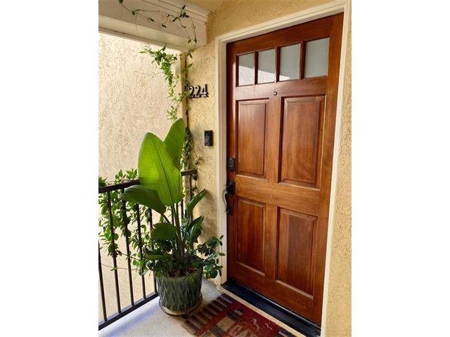 1 BR,  1.00 BTH  style home in La Jolla