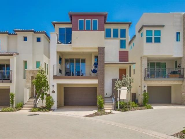 4 BR,  4.00 BTH   style home in San Diego