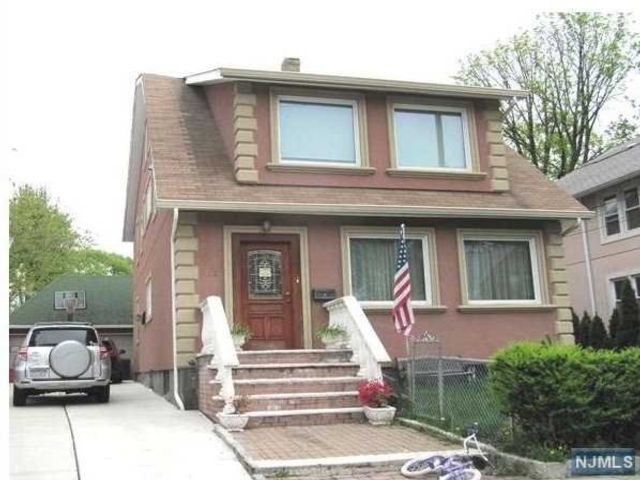 2 BR,  1.00 BTH 2 family style home in Cliffside Park