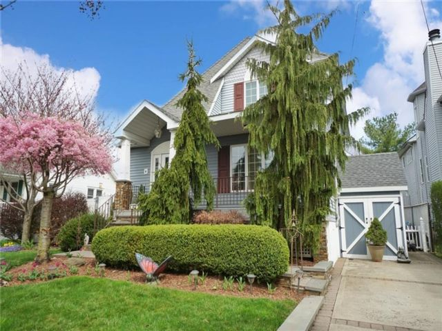 3 BR,  3.00 BTH Single family style home in Pleasant Plains