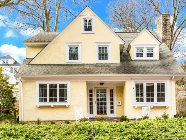 4 BR,  3.00 BTH Tudor style home in Yonkers